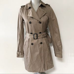 Aritzia T. Babaton trench coat in taupe